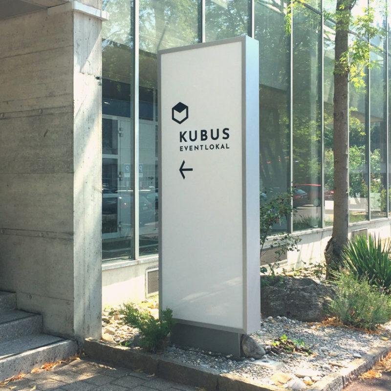 Kubus Eventlokal Branding Beschriftung 01 MHG Bern
