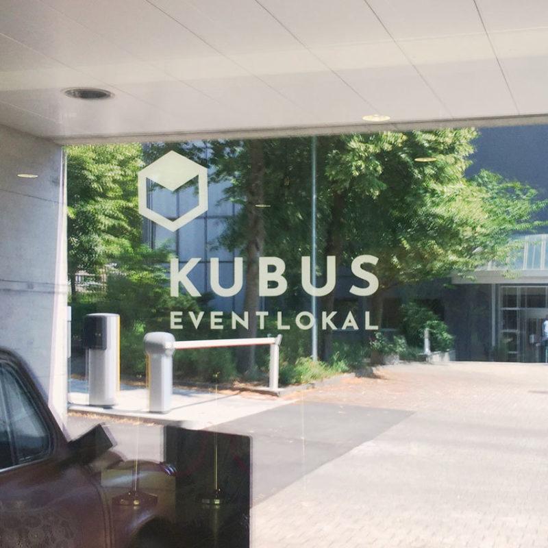 Kubus Eventlokal Branding Beschriftung 02 MHG Bern